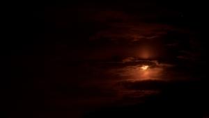 Der Mond sieht hier teilweise umwerfend aus. Auch wenn nicht Vollmond ist.