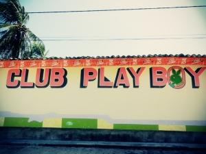 Der Club im Nirgendwo, wahrscheinlich auch nicht allzu häufig auf.